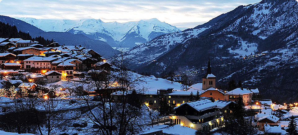 l-apogee-courchevel-by-night-main