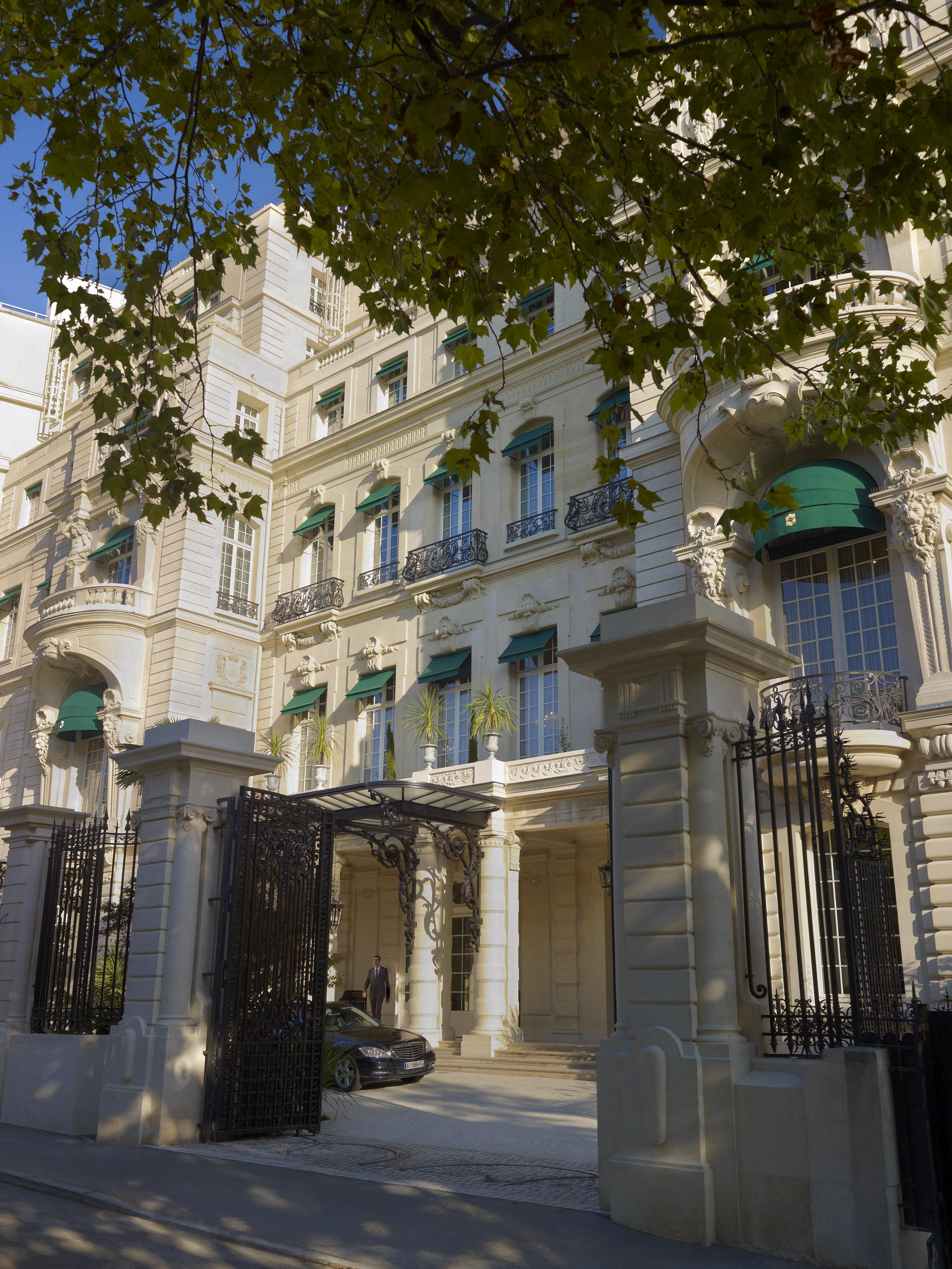 Following Bonaparte S Foodsteps In Style Shangri La